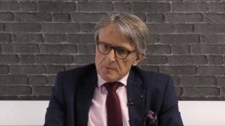 Petr Robejšek - odpovídá na dotazy diváků