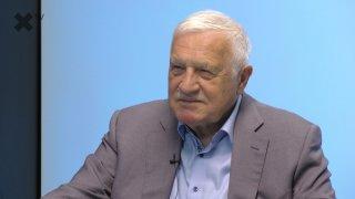 """""""EU nesmí mluvit do českých voleb. Rusko ve Vrběticích nedává smysl. Žádný z dnešních papalášů se neodváží řešit důležitá témata, občas je výjimkou SPD."""" – říká Václav Klaus"""