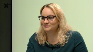 """Karolina Stonjeková: """"Sekerník Prymula se Babišovi vyplatí. Ten má předvolební rošády v malíčku. Má i dostatek ochotných obětních beránků. Novotný bude mít v ODS delší životnost než Fiala."""""""